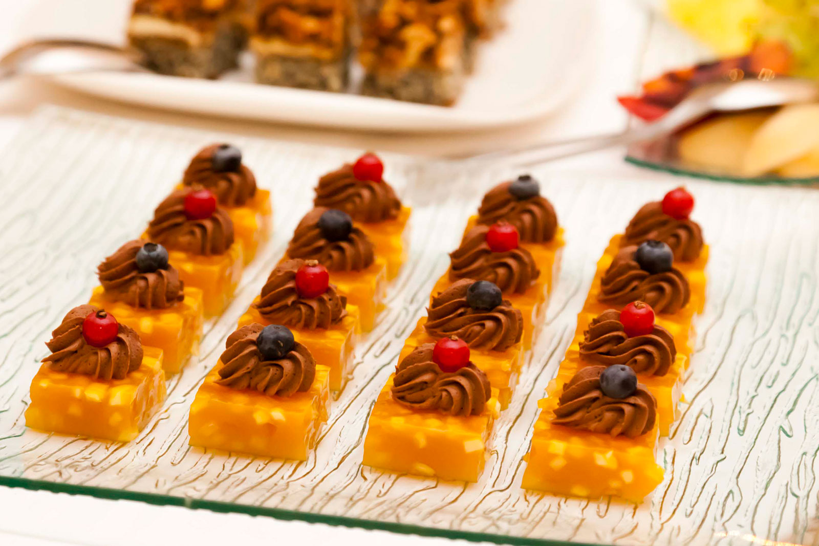 catering desserts