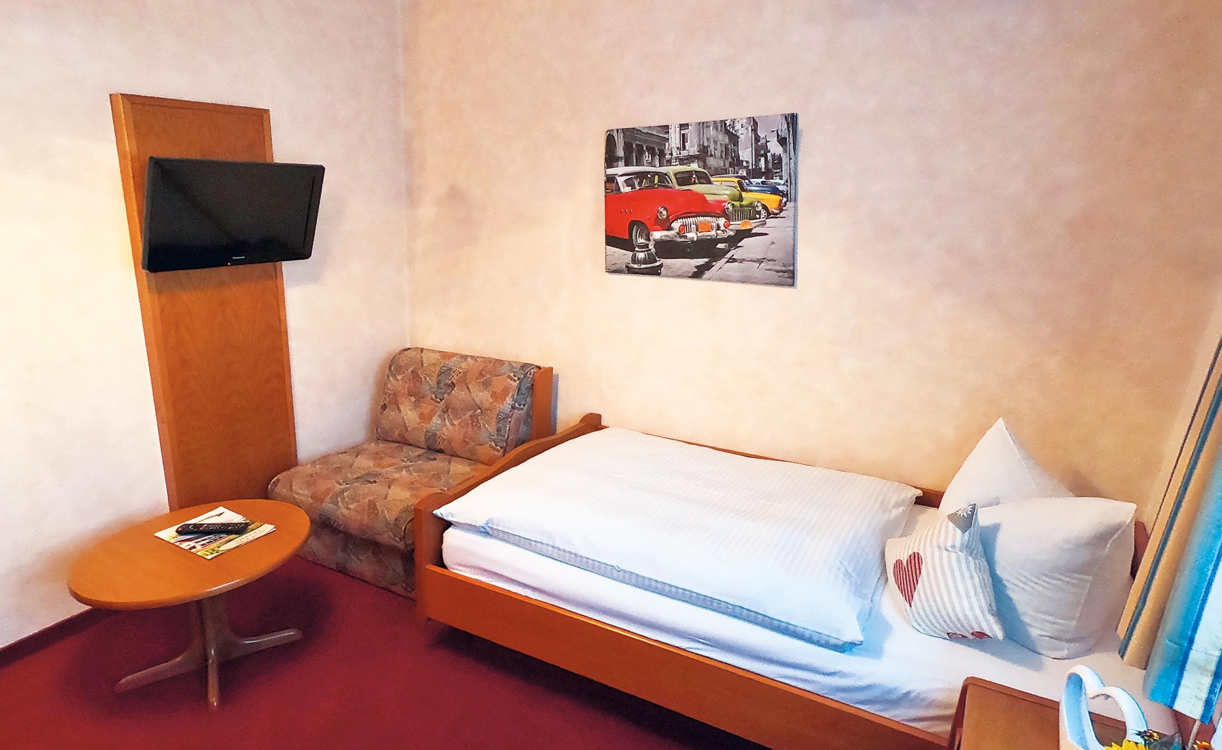 Einzelzimmer im Trakehnerhof mit TV