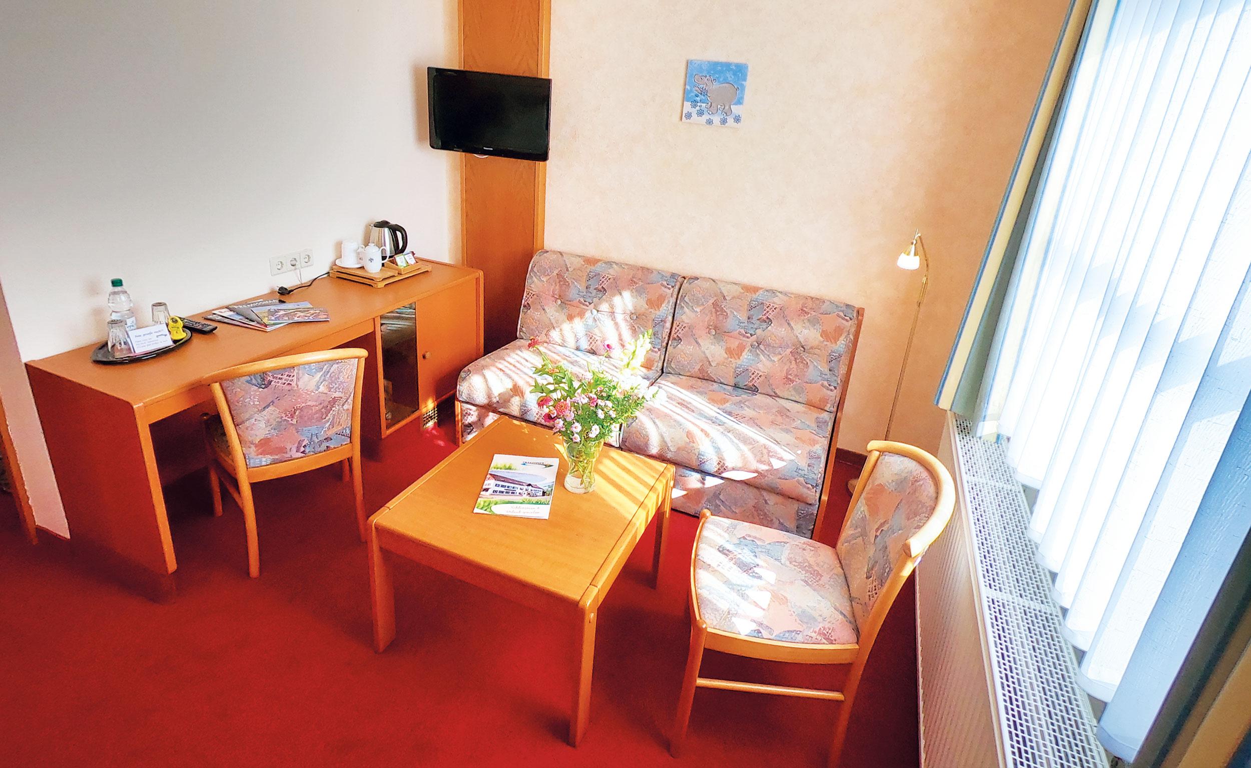 Familienzimmer mit Ssitzecke
